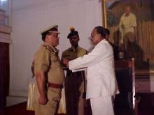 Shri R. Mehta, IPS receiving award