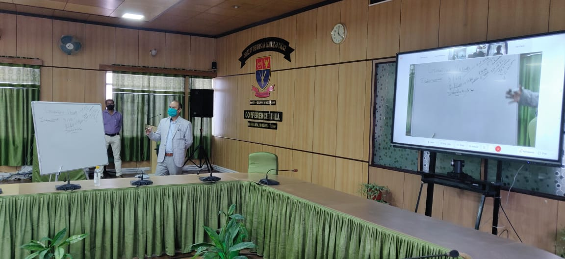 Awareness programme to enlighten the police officials on the current Covid-19 scenario and importance of vaccination
